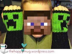 Crochet Minecraft Creeper Fingerless Gloves